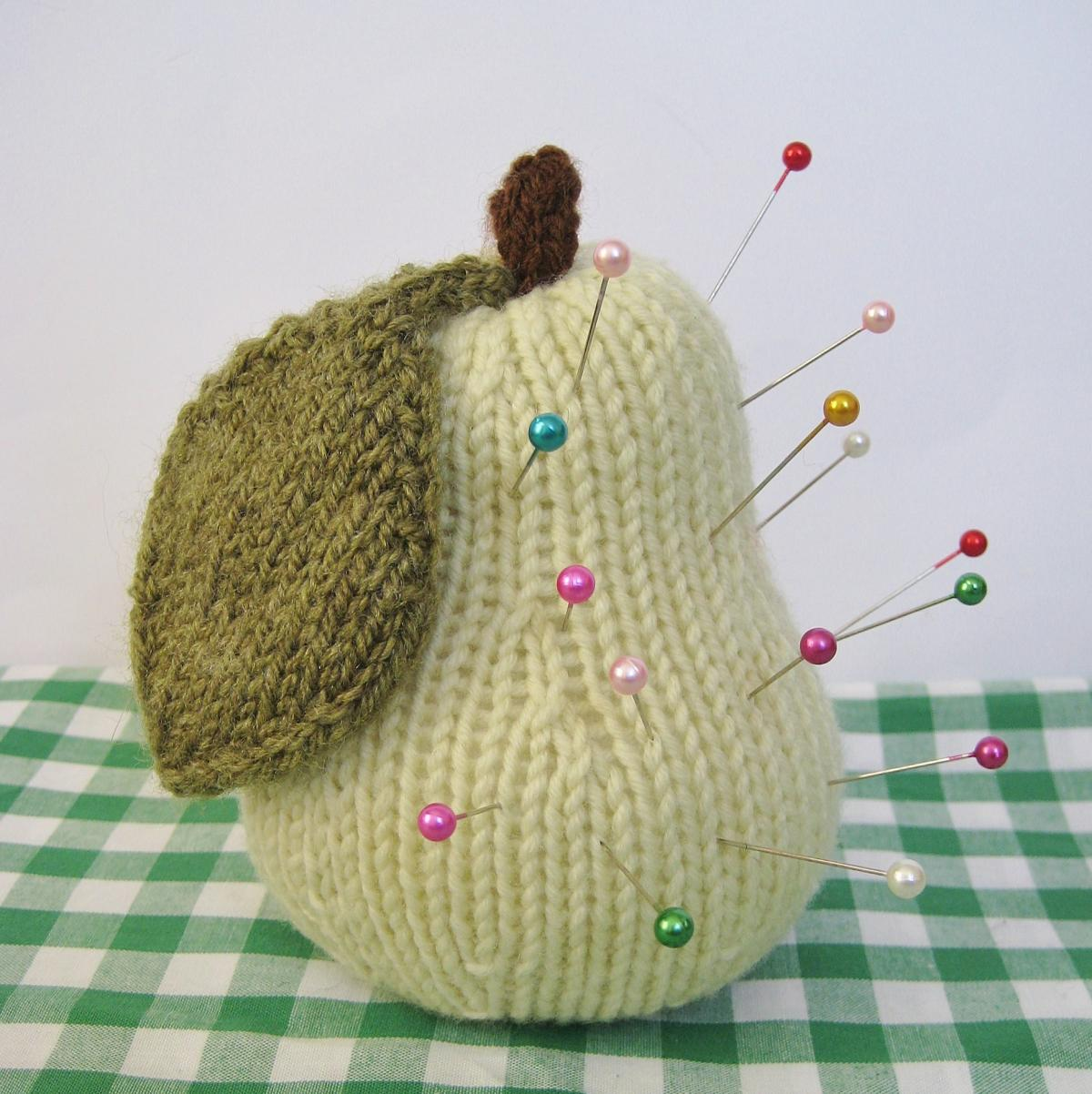 Apple & Pear Toy Knitting Patterns on Luulla