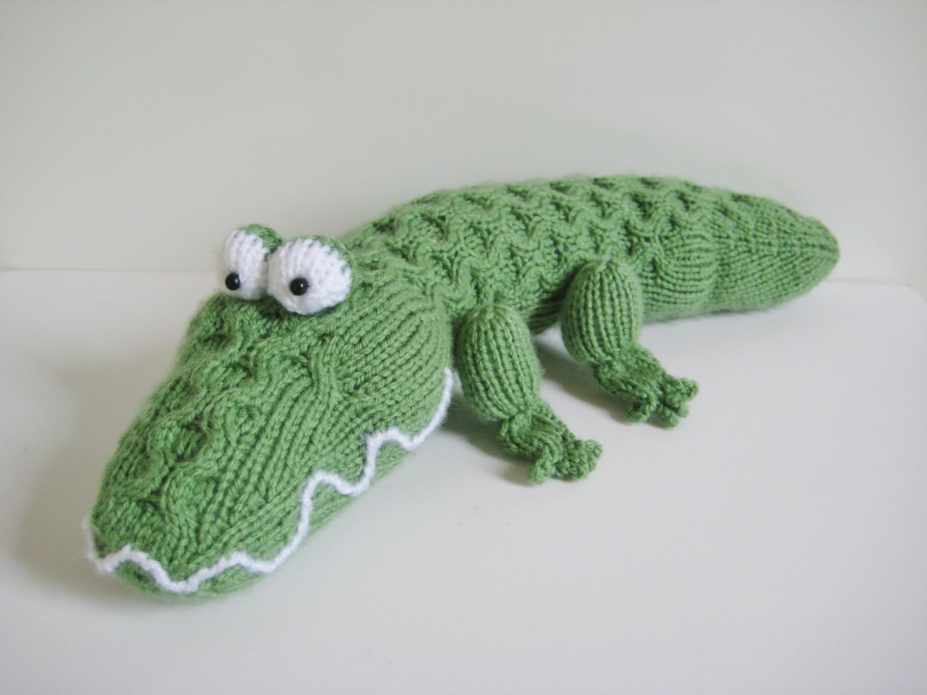 0a38b3633949f4 Miles The Crocodile Toy Knitting Pattern on Luulla